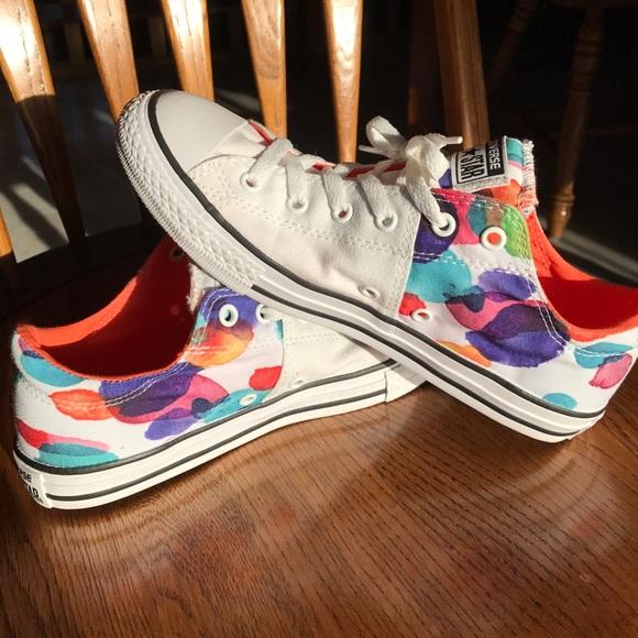 027493831d0e Converse Shoes -  NWOT fun Converse 🤓